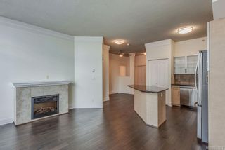 Photo 2: 402 845 Yates St in Victoria: Vi Downtown Condo for sale : MLS®# 844824