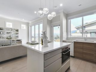 Photo 9: 3539 ETON Street in Vancouver: Hastings East House for sale (Vancouver East)  : MLS®# R2159493