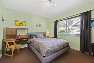 """Photo 13: 1017 SHAKESPEARE Avenue in North Vancouver: Lynn Valley House for sale in """"Lynn Valley - Poet's Corner"""" : MLS®# R2617464"""