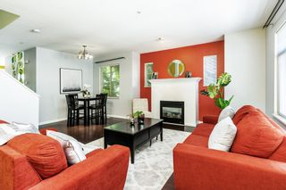 """Photo 4: 56 1010 EWEN Avenue in New Westminster: Queensborough Townhouse for sale in """"WINDSOR MEWS"""" : MLS®# R2597188"""