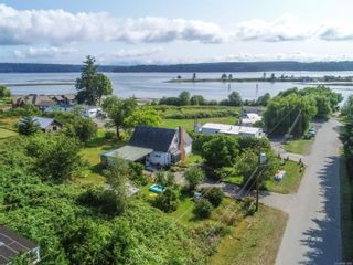 Photo 2: 1536 Perkins Rd in : CR Campbell River North Multi Family for sale (Campbell River)  : MLS®# 861900