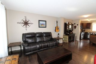 Photo 3: 3483 15A Street NW in Edmonton: Zone 30 House for sale : MLS®# E4248242