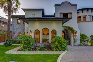 Photo 3: 5095 1 Avenue in Delta: Pebble Hill House for sale (Tsawwassen)  : MLS®# R2396283