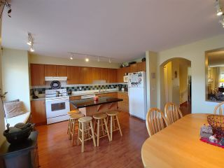 """Photo 8: 25 2351 PARKWAY Boulevard in Coquitlam: Westwood Plateau Townhouse for sale in """"WINDANCE"""" : MLS®# R2545095"""