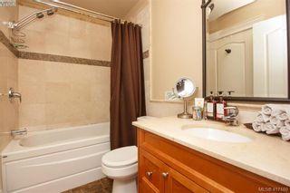 Photo 11: 306 1602 Quadra St in VICTORIA: Vi Central Park Condo for sale (Victoria)  : MLS®# 827680