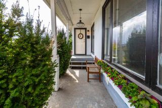 Photo 2: 451 WILSON Street in New Westminster: Sapperton House for sale : MLS®# R2454395