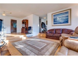 Photo 4: 5844 DALCASTLE Crescent NW in Calgary: Dalhousie House for sale : MLS®# C4053124