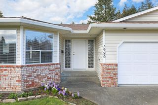 Photo 4: 1990 Valley View Dr in : CV Courtenay East House for sale (Comox Valley)  : MLS®# 871718