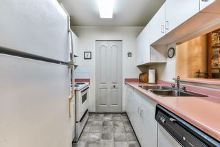"""Photo 3: 201 15991 THRIFT Avenue: White Rock Condo for sale in """"THE ARCADIAN"""" (South Surrey White Rock)  : MLS®# R2229852"""