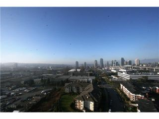 """Photo 10: 2207 2289 YUKON Crescent in Burnaby: Brentwood Park Condo for sale in """"WATERCOLOURS"""" (Burnaby North)  : MLS®# V983849"""