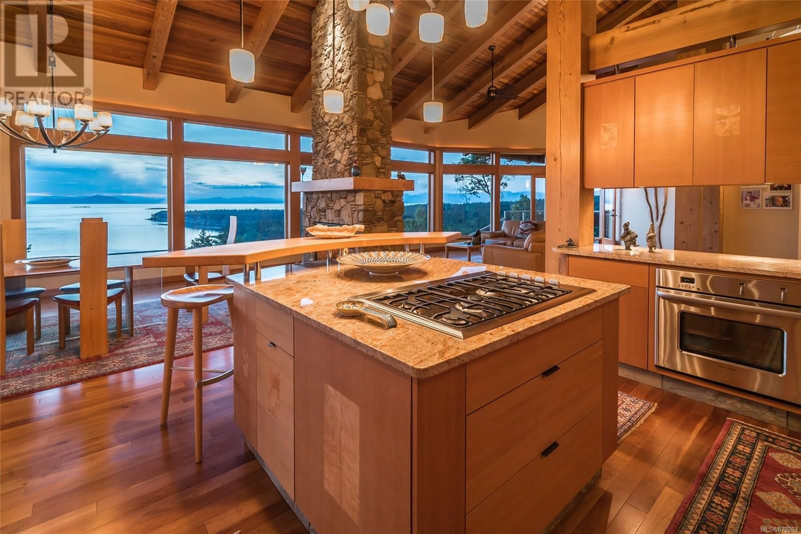 Photo 20: Photos: 825 Duthie Ave in Gabriola Island: House for sale : MLS®# 879263