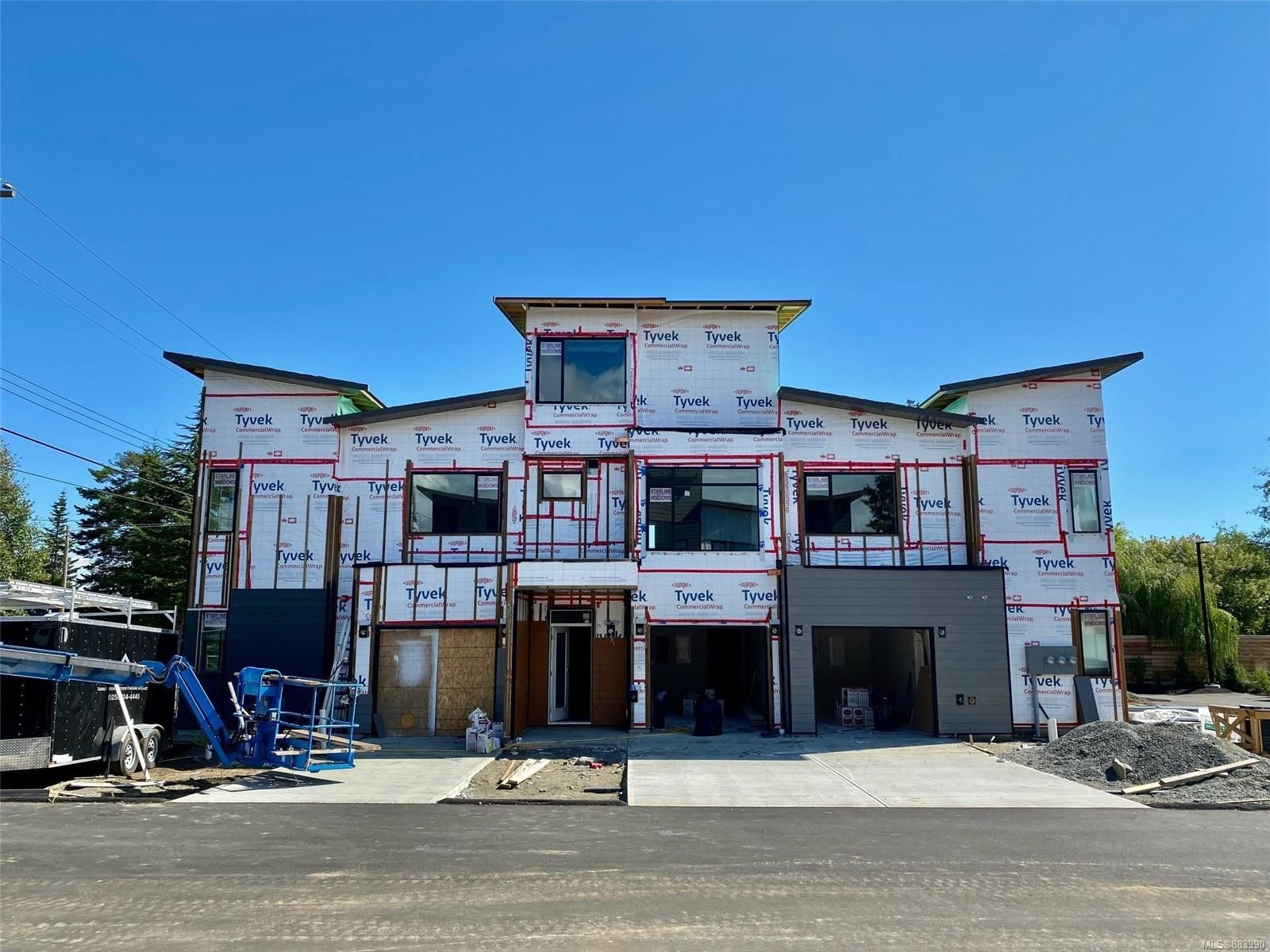 Main Photo: A3 327 Hilchey Rd in : CR Willow Point Row/Townhouse for sale (Campbell River)  : MLS®# 883990