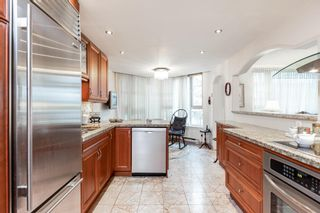 """Photo 11: 203 1675 HORNBY Street in Vancouver: Yaletown Condo for sale in """"SEA WALK SOUTH"""" (Vancouver West)  : MLS®# R2608481"""