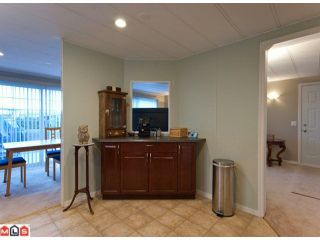 "Photo 7: 18 2303 CRANLEY Drive in Surrey: King George Corridor Manufactured Home for sale in ""SUNNYSIDE"" (South Surrey White Rock)  : MLS®# F1028956"