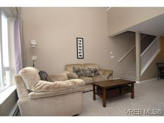 Photo 4: 407 2823 Jacklin Rd in VICTORIA: La Langford Proper Condo for sale (Langford)  : MLS®# 520388