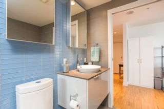 """Photo 21: 2001 108 W CORDOVA Street in Vancouver: Downtown VW Condo for sale in """"Woodwards W32"""" (Vancouver West)  : MLS®# R2465533"""