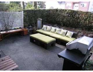 """Photo 1: 104 876 W 14TH Avenue in Vancouver: Fairview VW Condo for sale in """"WINDGATE LAUREL"""" (Vancouver West)  : MLS®# V760863"""