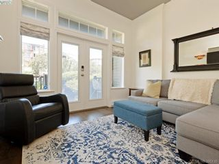Photo 3: 2 923 McClure St in VICTORIA: Vi Fairfield West Row/Townhouse for sale (Victoria)  : MLS®# 792092