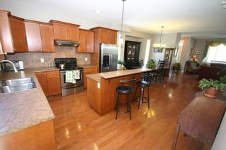 Photo 4: 24310 101A AVENUE in Maple Ridge: Albion House for sale : MLS®# R2060305
