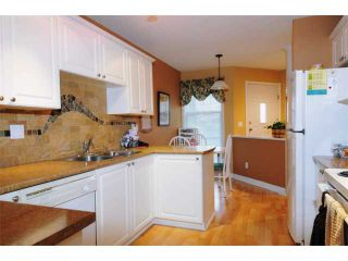 Photo 2: 15 758 RIVERSIDE Drive in Port Coquitlam: Riverwood Townhouse for sale : MLS®# V887026