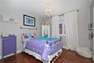 Photo 4: 12 Gloria Crescent Whitby L1P 1V4 Beautiful 4 Bedroom Home For Sale in North Whitby neighbourhood of Williamsburg
