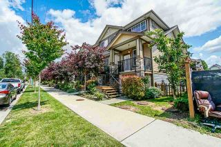 """Photo 1: 17 18818 71 Avenue in Surrey: Clayton Townhouse for sale in """"Joi Living II"""" (Cloverdale)  : MLS®# R2526344"""