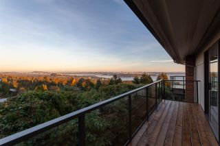 Photo 2: 14 2206 FOLKESTONE WAY in West Vancouver: Panorama Village Townhouse for sale : MLS®# R2477030