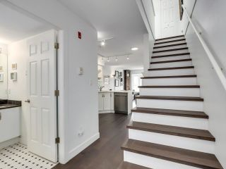 """Photo 13: 210 2545 W BROADWAY Avenue in Vancouver: Kitsilano Townhouse for sale in """"Trafalgar Mews"""" (Vancouver West)  : MLS®# R2590394"""