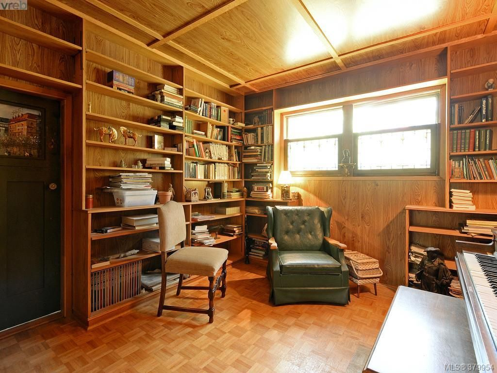 This is the library/den. Could be 3rd bedroom - Great for a nursery!