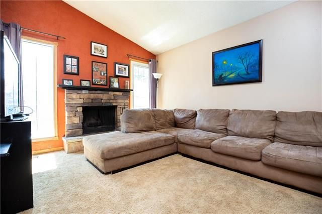 Photo 9: Photos: 246 Tufnell Drive in Winnipeg: River Park South Residential for sale (2F)  : MLS®# 1918544