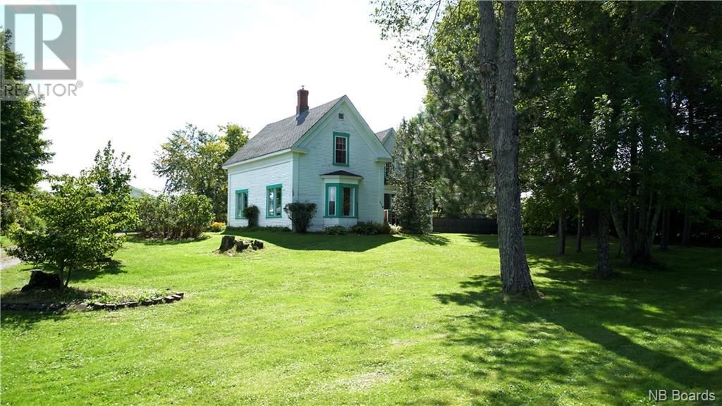 Main Photo: 114 Pleasant Street in St. Stephen: House for sale : MLS®# NB063519