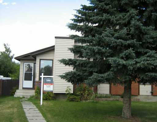 Main Photo:  in CALGARY: Deer Ridge Residential Attached for sale (Calgary)  : MLS®# C3277442