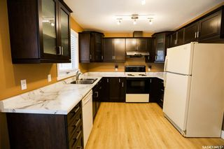 Photo 10: 42 Gabruch Crescent in Battleford: Residential for sale : MLS®# SK855458