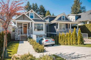 Photo 3: 15498 RUSSELL Avenue: White Rock House for sale (South Surrey White Rock)  : MLS®# R2568948