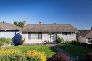 Photo 1: 122 E DURHAM Street in New Westminster: The Heights NW House for sale : MLS®# R2066936