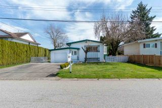 Photo 3: 10256 WEDGEWOOD Drive in Chilliwack: Fairfield Island House for sale : MLS®# R2559027