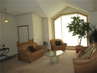 Photo 4: 8308 EDGEVALLEY Drive NW in Calgary: Edgemont House for sale : MLS®# C4034908