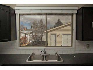 Photo 8: 724 LYSANDER Drive SE in Calgary: Lynnwood_Riverglen House for sale : MLS®# C3656384