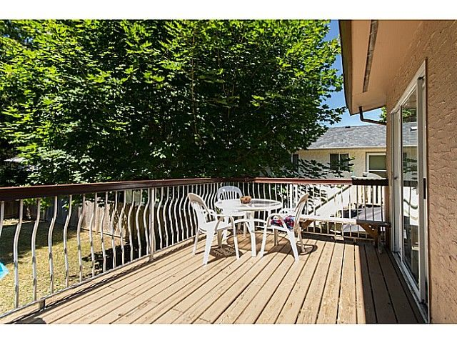 Photo 13: Photos: 11675 GRAVES ST in Maple Ridge: Southwest Maple Ridge House for sale : MLS®# V1130864