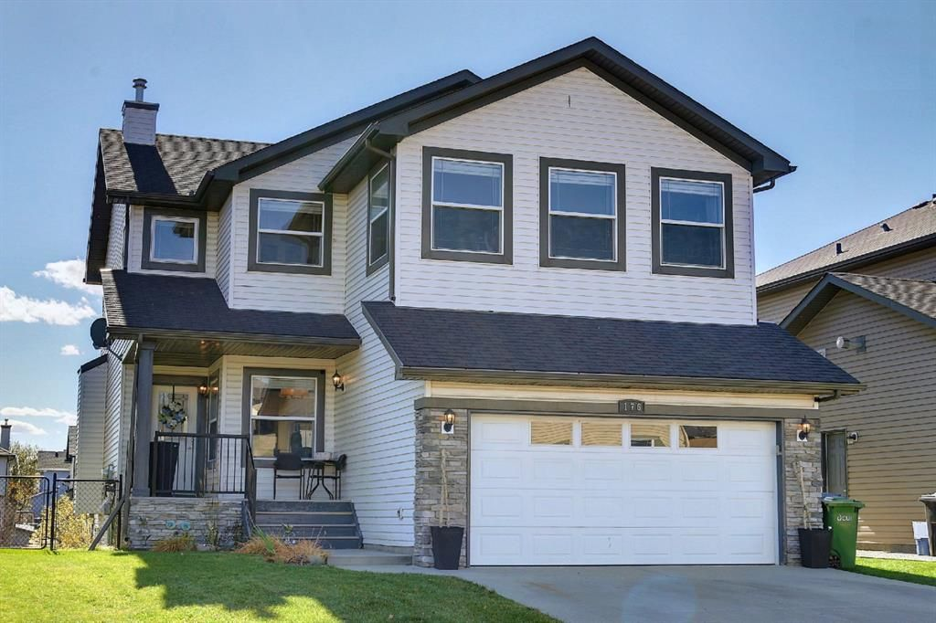 Main Photo: 176 WILLOWMERE Way: Chestermere Detached for sale : MLS®# A1153271