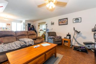 """Photo 22: 45640 NEWBY Drive in Chilliwack: Sardis West Vedder Rd House for sale in """"SARDIS"""" (Sardis)  : MLS®# R2481893"""