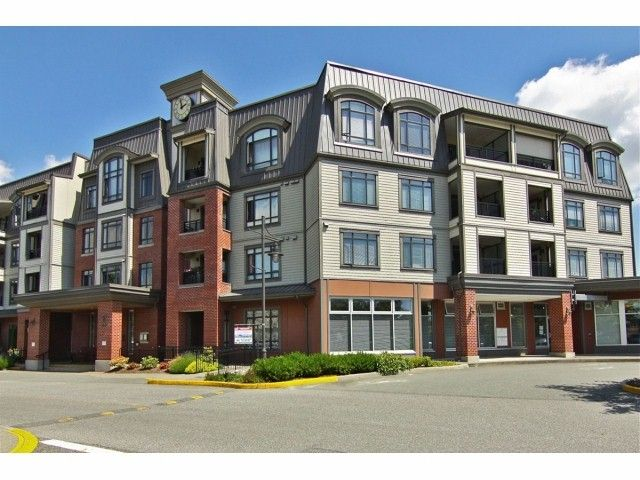 """Main Photo: 301 8880 202ND Street in Langley: Walnut Grove Condo for sale in """"THE RESIDENCES AT VILLAGE SQUARE"""" : MLS®# F1409404"""