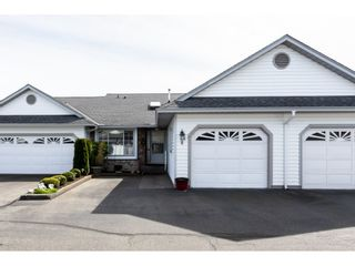 """Photo 1: 8 33922 KING Road in Abbotsford: Poplar Townhouse for sale in """"Kingsview Estates"""" : MLS®# R2358712"""