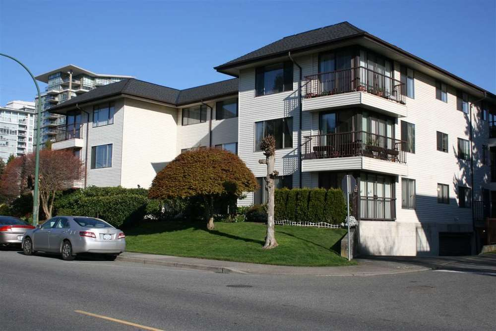 Main Photo: 302 15317 THRIFT AVENUE in South Surrey White Rock: White Rock Home for sale ()  : MLS®# R2051511