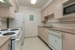 """Photo 6: PH8 1163 THE HIGH Street in Coquitlam: North Coquitlam Condo for sale in """"Kensington Court"""" : MLS®# R2452327"""