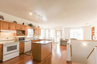 Photo 9: 102 Rutledge Crescent in Winnipeg: Harbour View South Residential for sale (3J)  : MLS®# 202122653