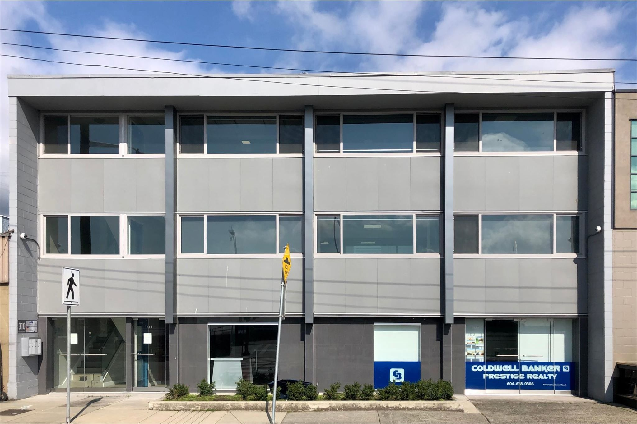 Main Photo: 310 E ESPLANADE Avenue in North Vancouver: Lower Lonsdale Industrial for sale : MLS®# C8039573