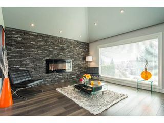 Photo 3: 16437 77TH AVENUE in Surrey: Fleetwood Tynehead House for sale : MLS®# R2259934