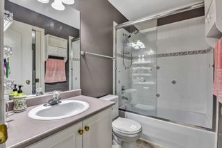 """Photo 22: 18 8289 121A Street in Surrey: Queen Mary Park Surrey Townhouse for sale in """"KENNEDY WOODS"""" : MLS®# R2527186"""