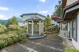 """Photo 31: 5220 TIMBERFEILD Lane in West Vancouver: Upper Caulfeild House for sale in """"Sahalee"""" : MLS®# R2574953"""